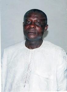 Dr Nwezeigwe