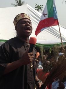 Hon. Dakuku Peterside making a speech at the occasion