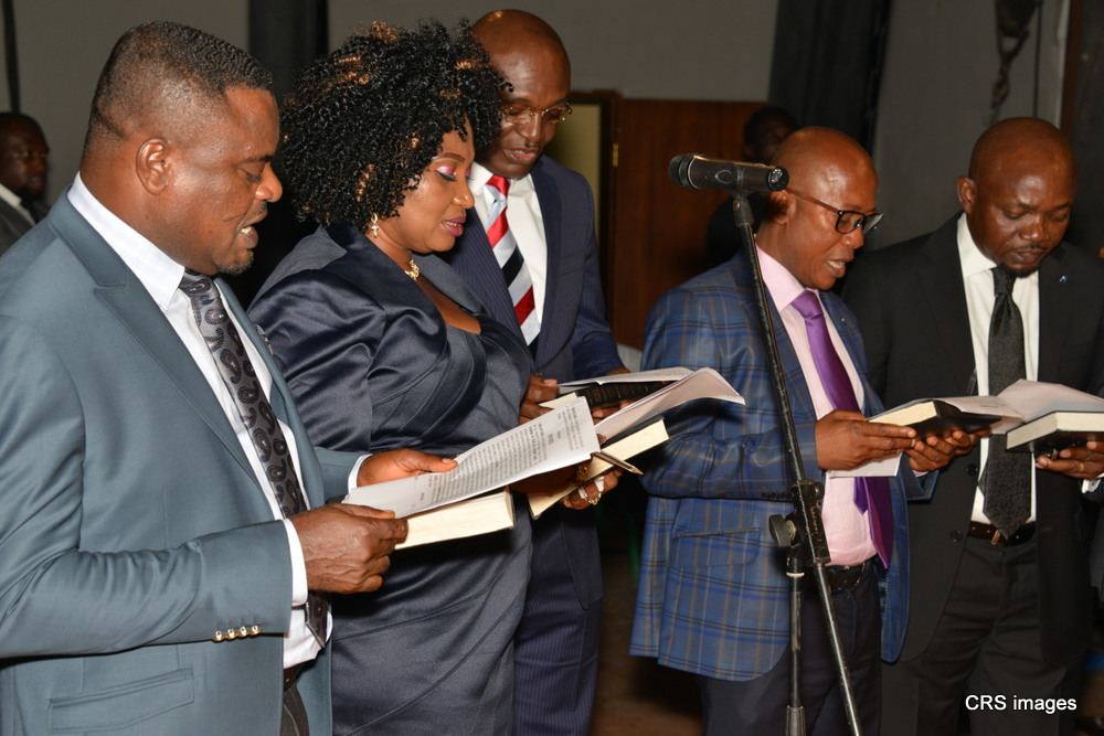 Imoke Swears in LG Chairmen, Emphasises on Transparent Leadership