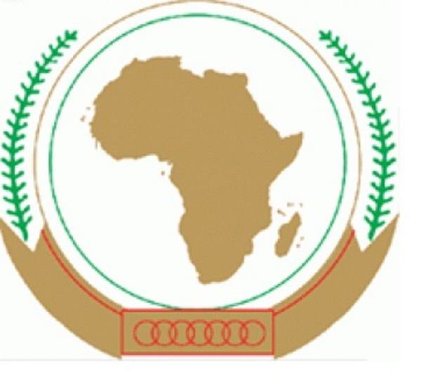 The African Union makes a pressing appeal for an immediate end to violence and dialogue in Libya / The AU urges the international community to lend its full support to the efforts of the region through the High-Level Ministerial Group on Libya