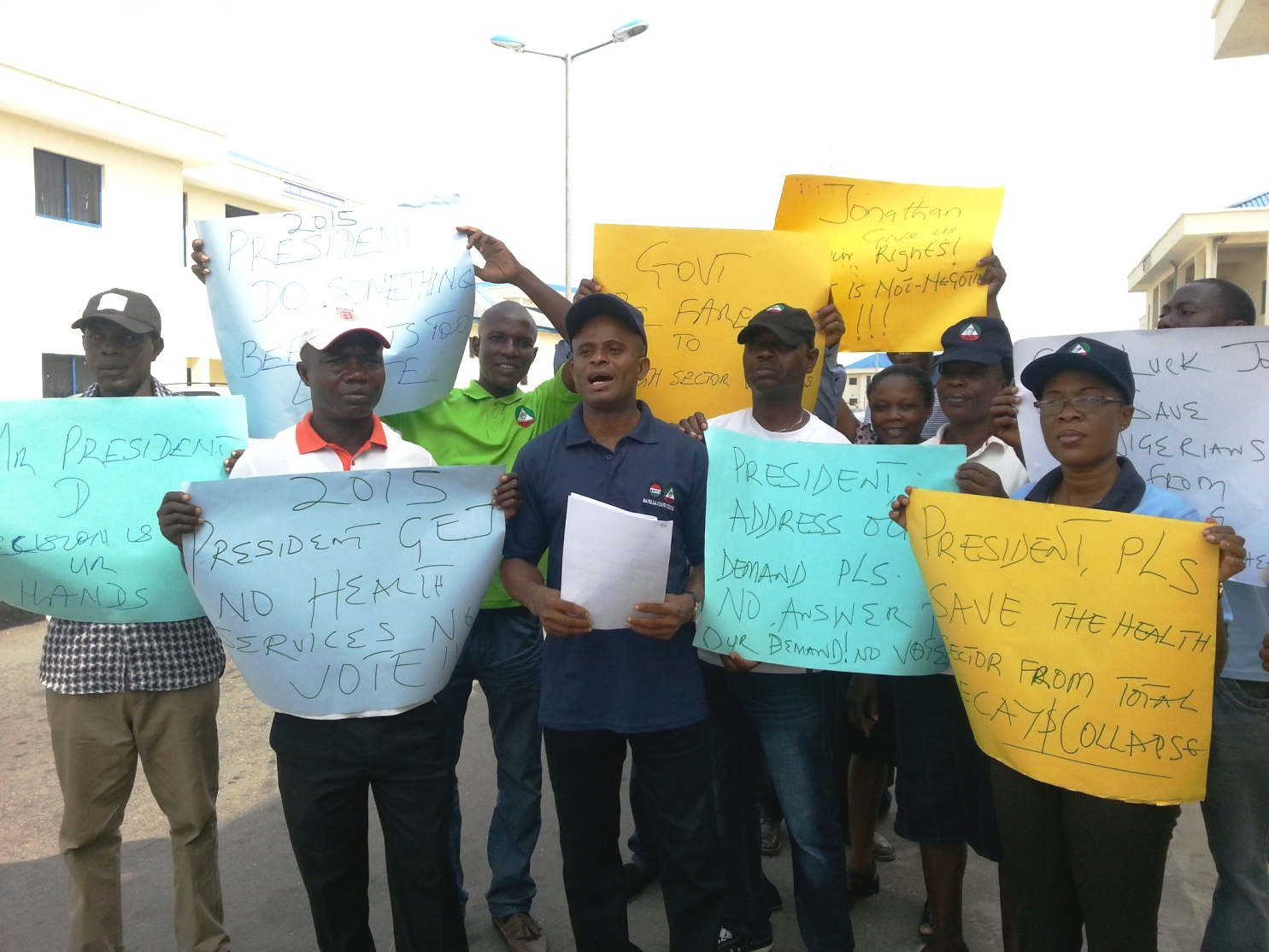 Health Workers urge Jonathan to suspend campaigns and halt rising cases of deaths in Bayelsa
